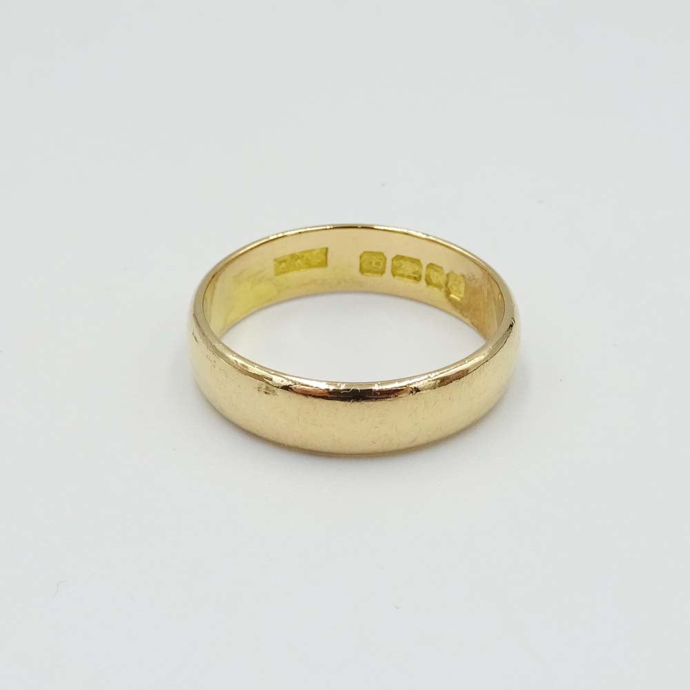 22ct Yellow Gold Heavy 5mm Wedding Band Ring Size Q 1/2