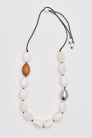 Atlantis Pod Necklace White