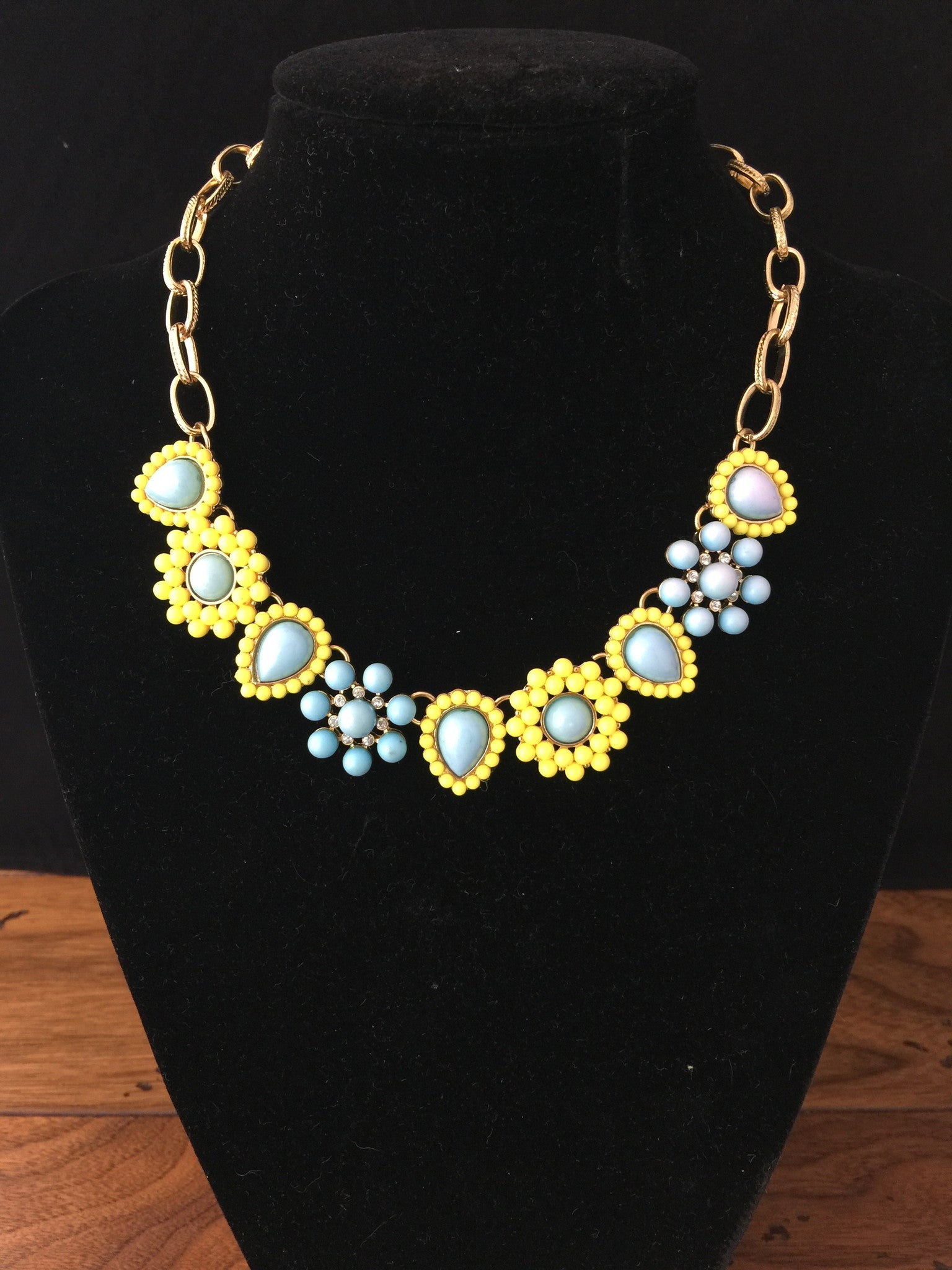 Faded Vintage Necklace Set