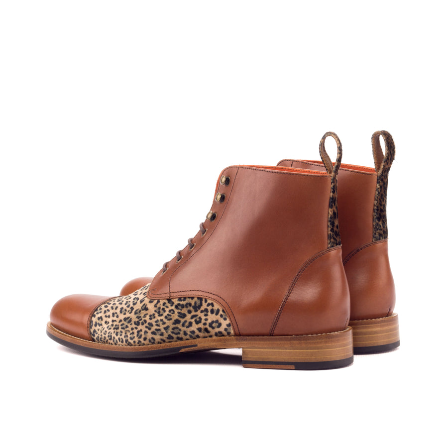 Lace Up Captoe Boot 003