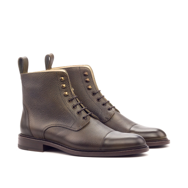 Lace Up Captoe Boot 001