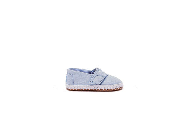 LIGHT BLUE CHAMBRAY TINY TOMS CRIB ALPARGATAS - SustainTheFuture.us - The Natural and Organic Way of Life