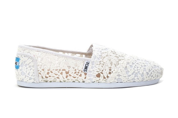 WHITE LACE LEAVES WOMEN'S CLASSICS