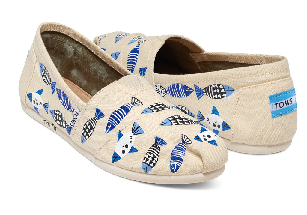 HAITI ARTIST COLLECTIVE NATURAL FISH WOMEN'S CANVAS CLASSICS