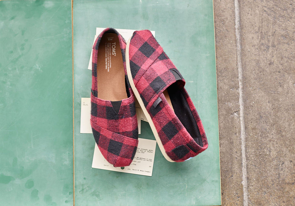 RED BLACK PLAID MEN'S CLASSICS