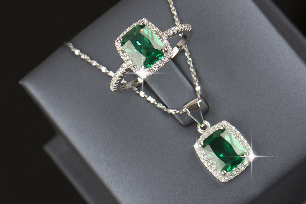 R&J 2016 New Brand 925 Sterling silver Jewelry sets Natural Emerald Ring Engagement Pendant Fashion Wedding Necklace For Women