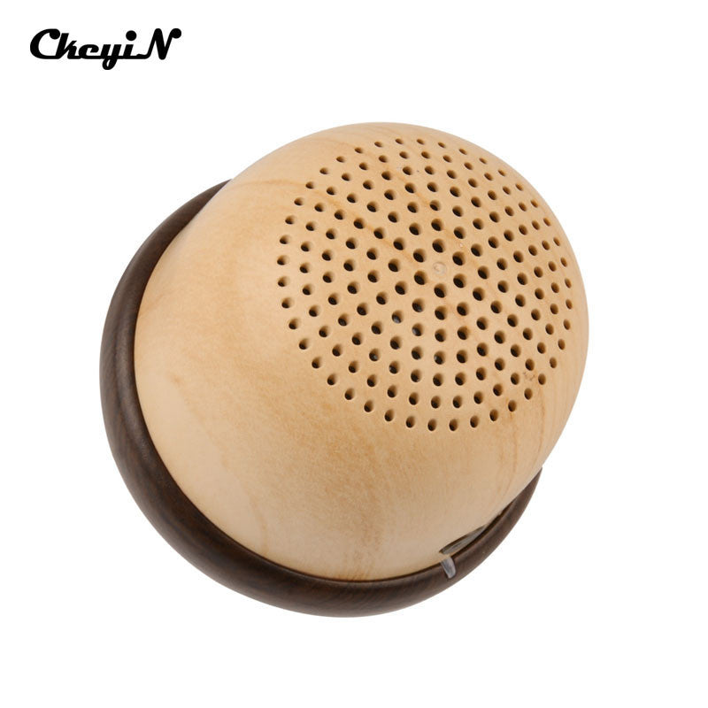 2016 New Arrival Bluetooth Speaker Portable Mini Cute Wooden Nut Model Outdoor Surround Stereo speaker for mobile phones -4647