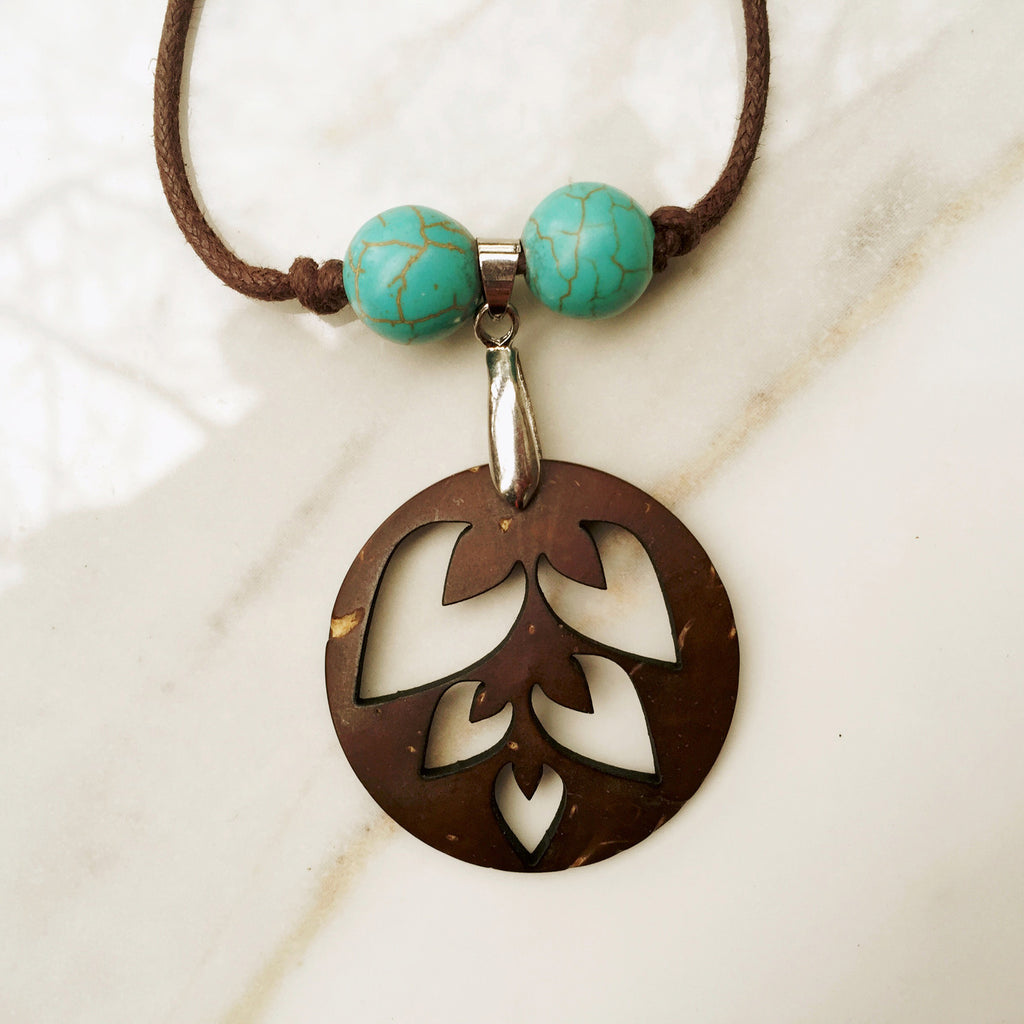ROUND LEAF PENDANT NECKLACE. Recycled coconut shell