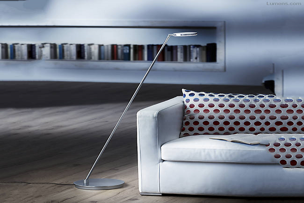 Glanz LED Floor Lamp By Holtkoetter