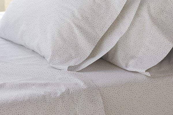 Watercolor Printed Dot. 200 thread count 100% organic cotton