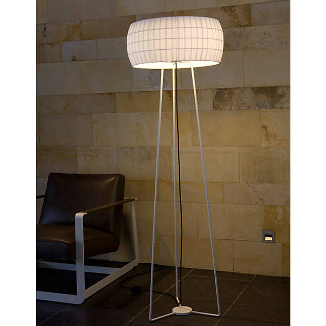 Isamu Floor Lamp By Nahtrang Disseny for Carpyen