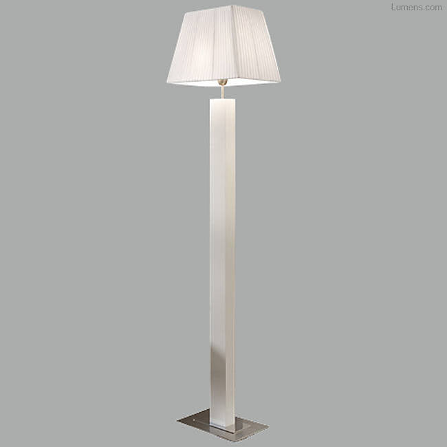 Tau Madera Floor Lamp By Estudi Bover, Taller for Bover