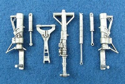 SAC 32039 F-4 Phantom ll Landing Gear For 1/32nd Scale Revell Model