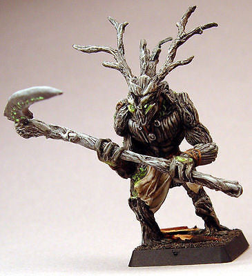 Kit# VEL1036 - T'Sharo, Druidic Plant Man by Valiant Miniatures