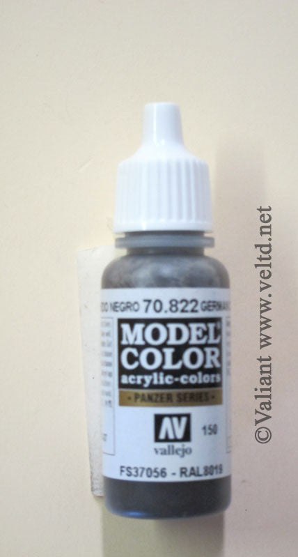 70822 Vallejo Model Color Paint: 17ml  German Camo Black Brown  (M150)