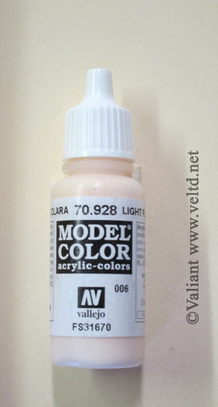 70928 Vallejo Model Color Paint: 17ml  Light Flesh  (M006)