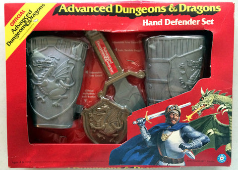 Strongheart Paladin Hand Defender Toy Set TSR AD&D Placo Toys 1983 Rare