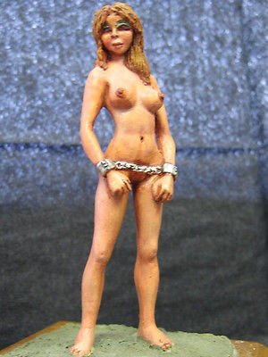 Kit# 9847 - Female Nude in Chains