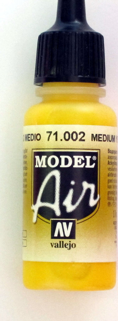 71002 Vallejo Model Airbrush Paint 17 ml Yellow