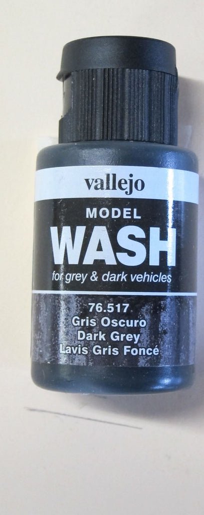 76517 Dark Grey Vallejo Wash Paint: 35ml