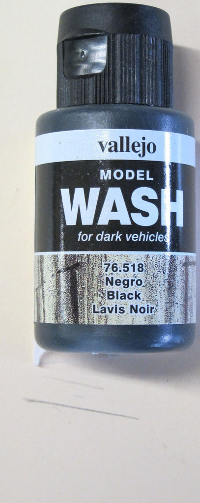 76518 Black Vallejo Wash Paint: 35ml