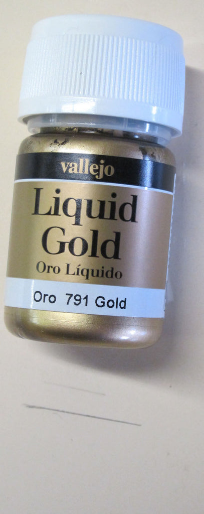70791 Gold Vallejo Metallic Paint 35 ml