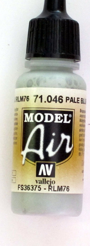 71046 Vallejo Model Airbrush Paint 17 ml Pale Grey Blue