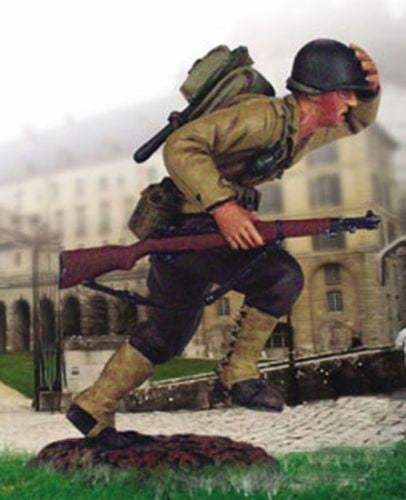 Kit# 9645 - US Infantry Running WWII