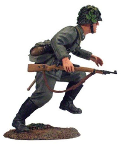 Kit# 9656 - German Running WWII