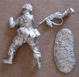 Kit# 9639 - German Paratrooper Burp WWII