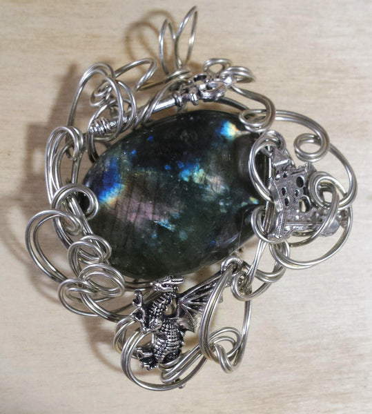 Write Your Own Fairytale...Labradorite Pendant - Antika Nueva