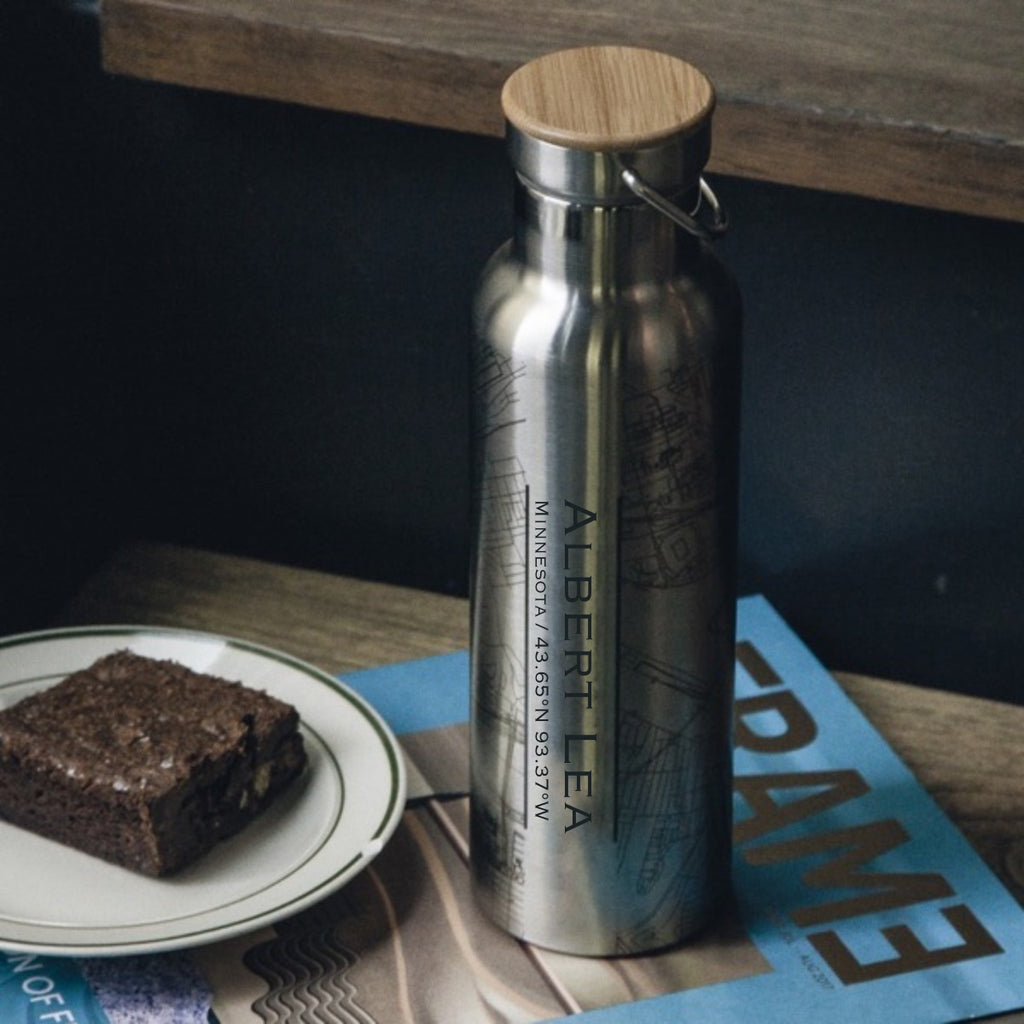 Albert Lea Minnesota Custom Engraved City Map Inscription Coordinates on 20oz Stainless Steel Insulated Bottle with Bamboo Top