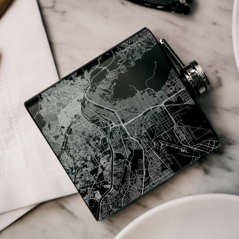 El Paso - Texas Map Hip Flask in Matte Black