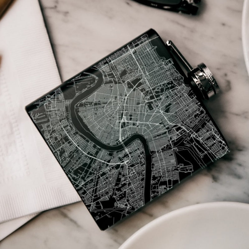 New Orleans - Louisiana Map Hip Flask in Matte Black