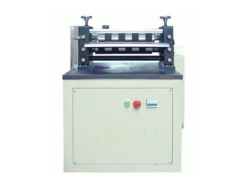 Compact slitting machine for electrodes and separators