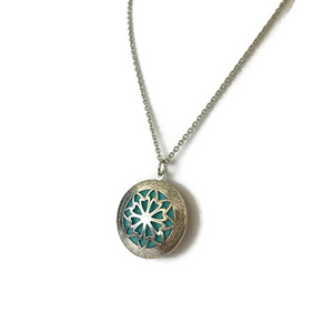 Essential Oils Aromatherapy Diffuser Locket Necklace (Antique)