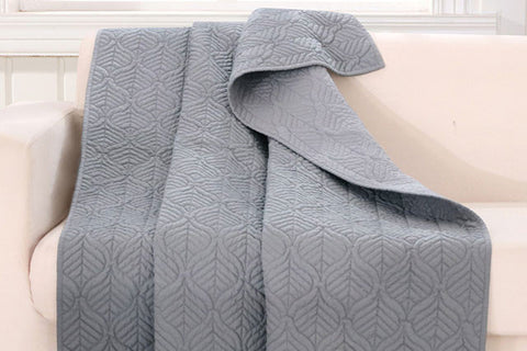 Elegant Piper Moonlight Gray Throw