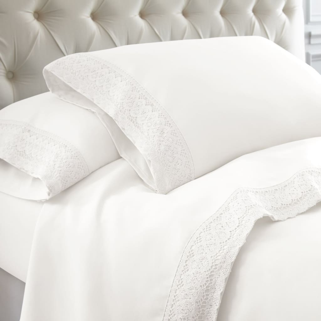 Udine 4 Piece California King Size Sheet Set with Crochet Lace By Casagear Home, White