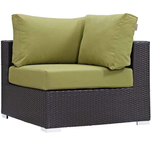 Peridot Convene Outdoor Patio Corner