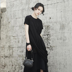 Marigold Shadows shirts Taki Irregular Tee - Black