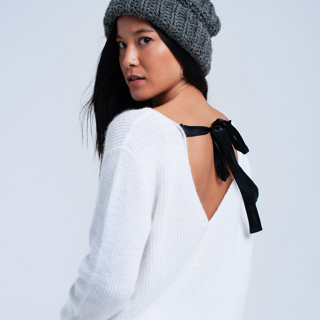 White Knitted Jumper with Black Ribbon
