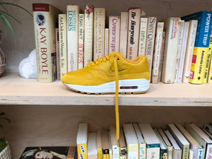 Mineral Yellow Air Max 1