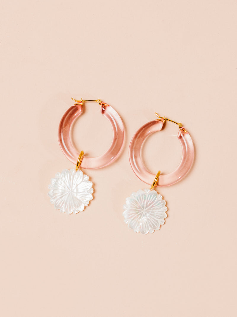 Spritz Hoops in Pearl Daisy