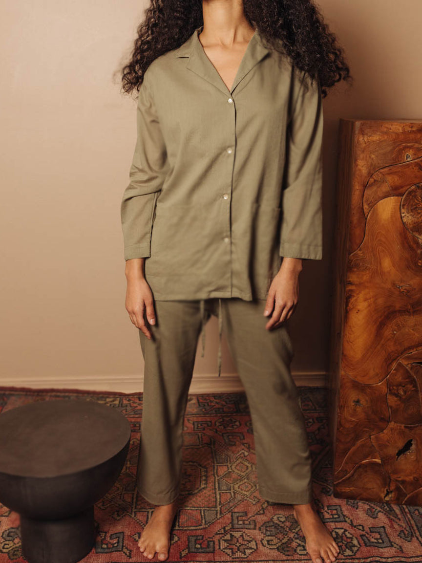 Oversized Pajama Set in Green Khaki