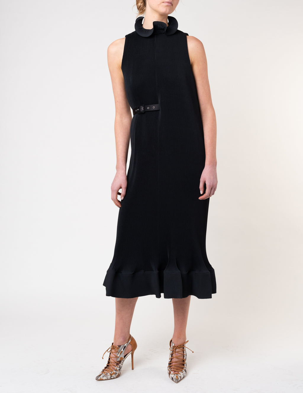 Pleating Dress with Belt