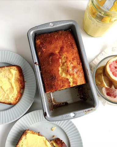 Mei's grapefruit and sourcream cake in a pan