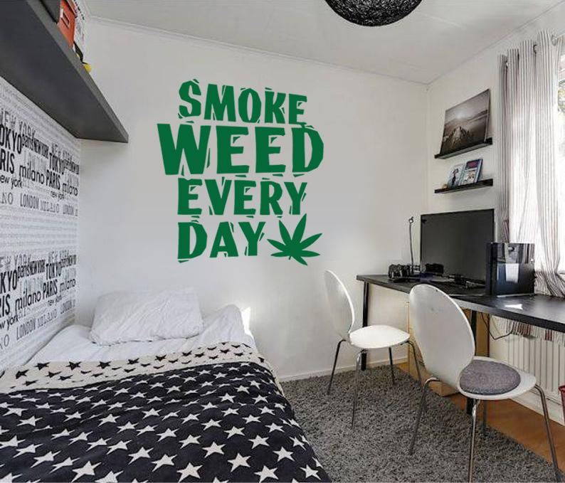 Smoke Weed Every Day Wall Sticker