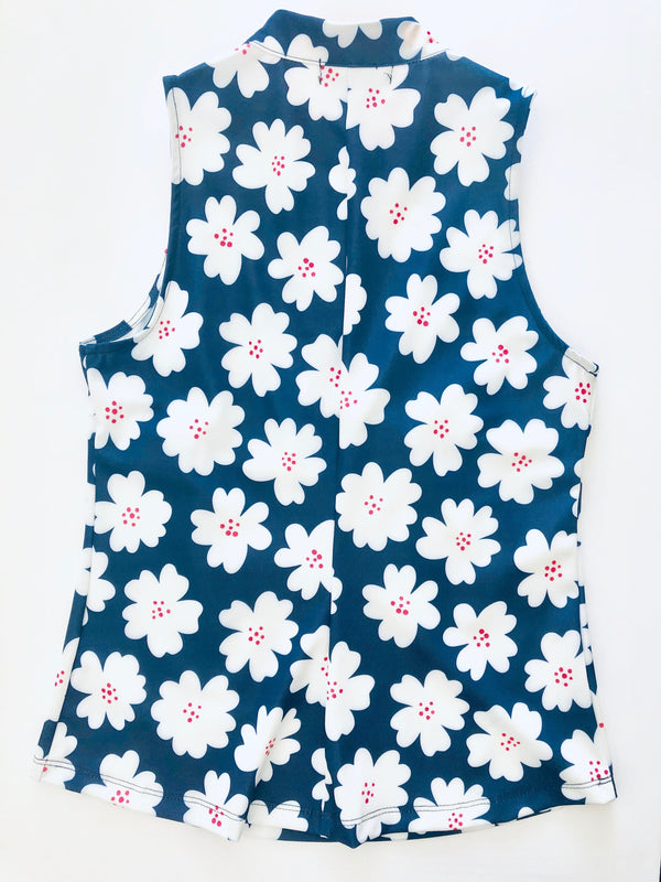 FINAL SALE - COURSE-TO-COCKTAILS SLEEVELESS TOP - Navy Daisy - 2 LEFT - Spitfire Petite