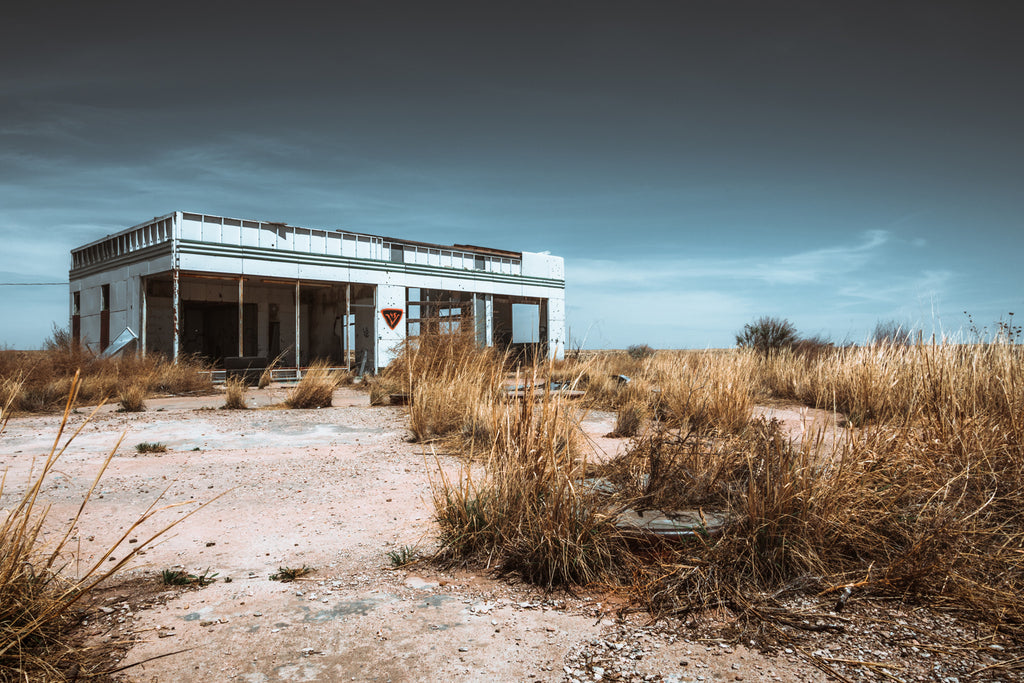 abandoned service station in texas middle of nowhere