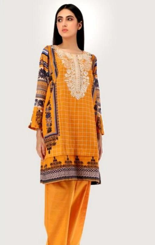 Khaadi 18585-Embroided 3pc khaddar dress with wool shawl. - gracestore.pk